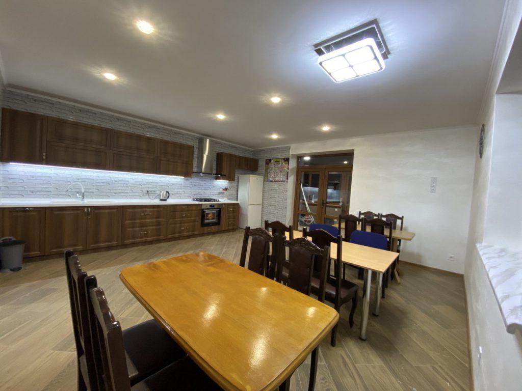 Столы в кухне - VIP-РЦ Якушинцы